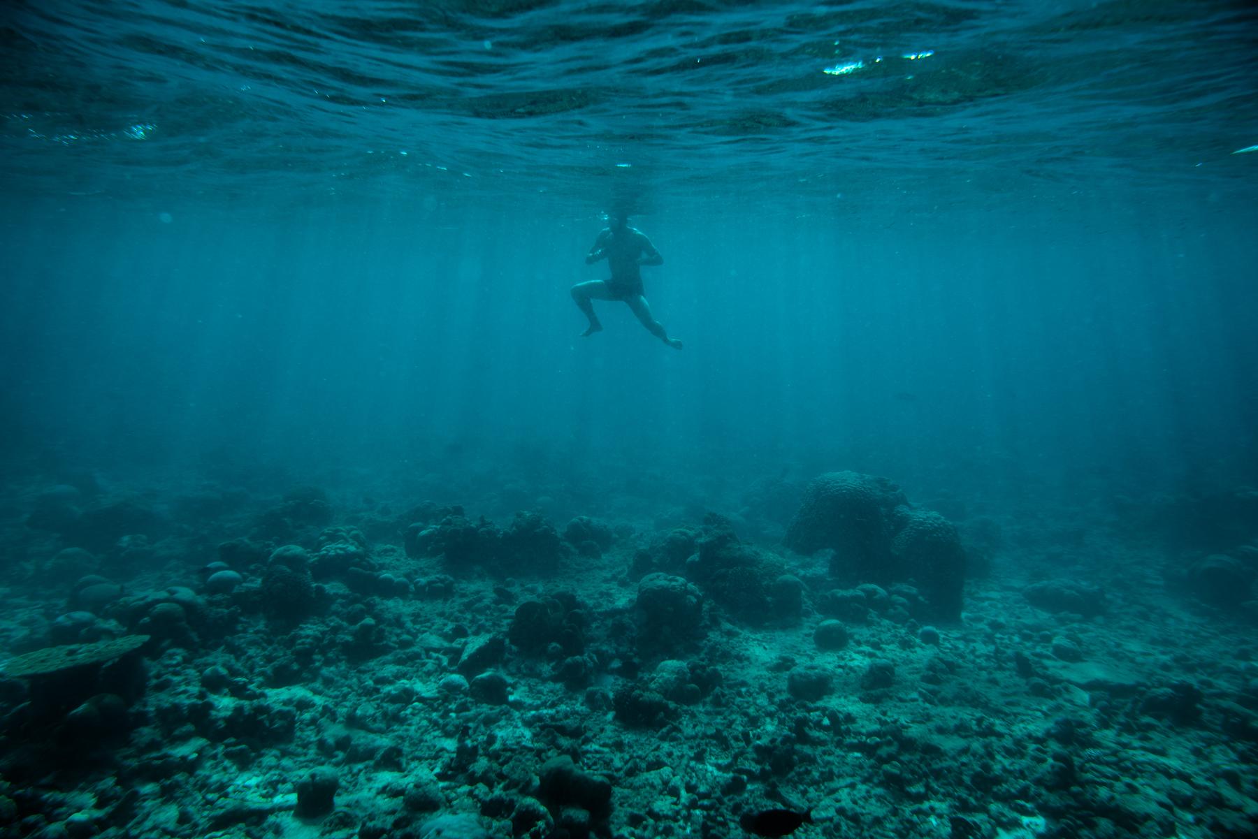 js_still_ocean_surf018